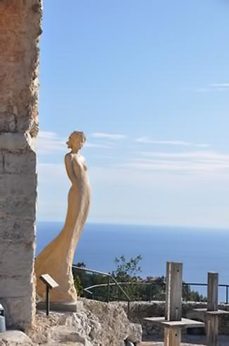 Èze,-Provence sculpture - France