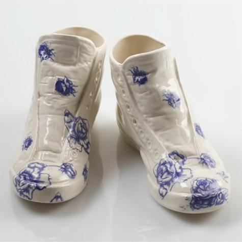 Porcelain Sneakers - Sootcookie