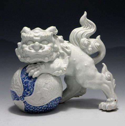 Japanese Karajishi Shishi Fu Lion-Okimono