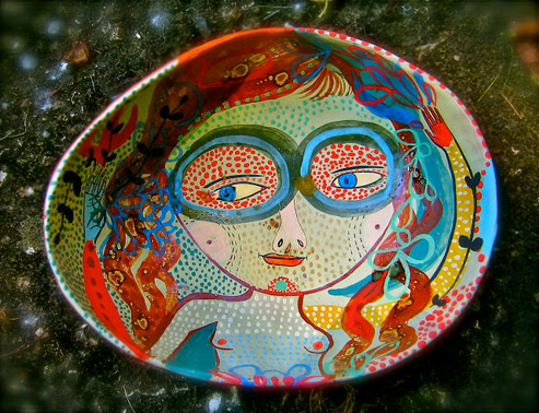 Oval bowl handpainted girl - Jenny Mendes