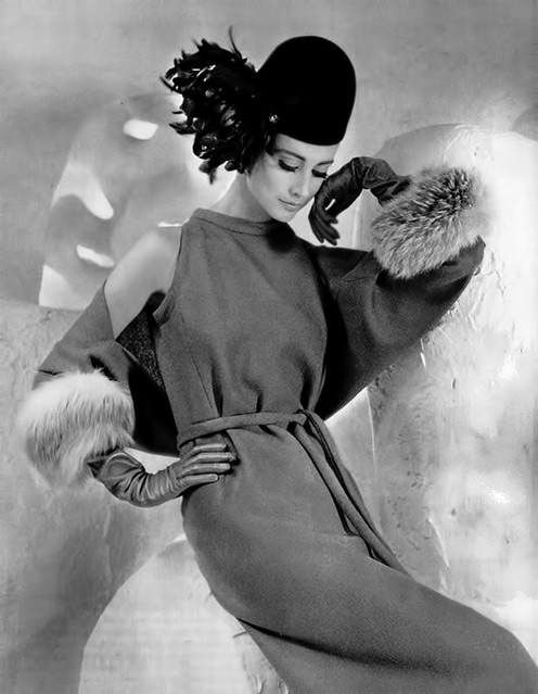 Katherine-Pastrie-in-wool-dress-and-fox-trimmed-bolero-by-Pierre-Cardin--photo-by-Pottier--1962-