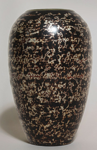 Art-Deco-Ovoid-Lacquered-Vase-by-Jean-Dunand-Kelly-Gallery