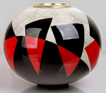 Jean-Dunand-Deco ovoid form vase with red,black lacquer and eggshell decorations