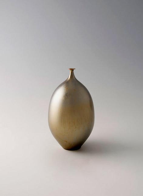 Vase,-gold-glaze,-Porcelain