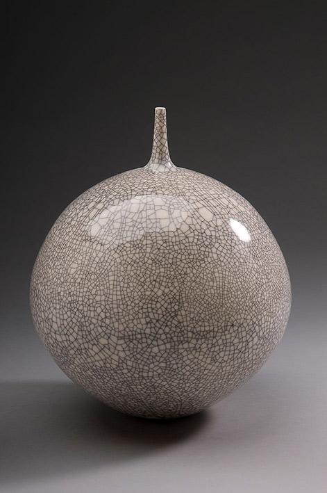 Vase,-white-crackle-glaze,-Porcelain