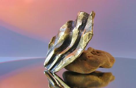 Yannis-Koutsouradis-abstract Angel sculpture