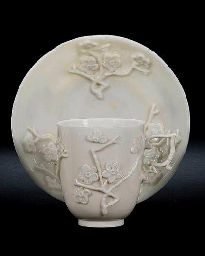 Capodimonte-cup-and-saucer.-Circa-1750