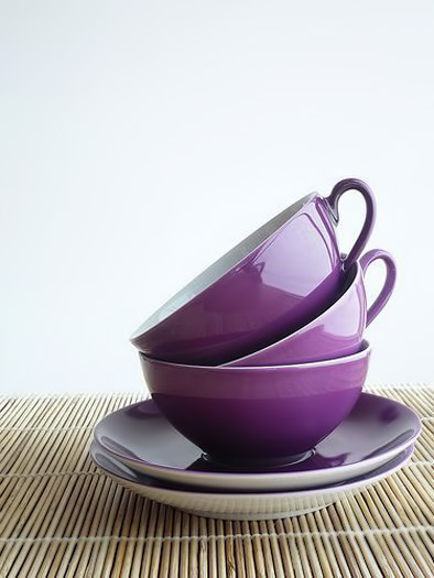 Gisela-Francisco flickr stack of purple cups