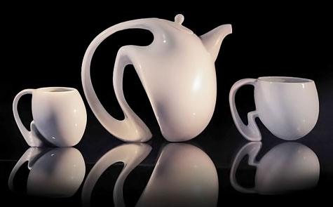 Jeroen-Bechtold white contemporary ceramic tes set