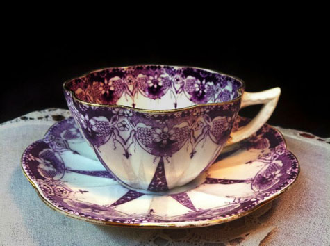 Vintage-purple on white-tea-cup