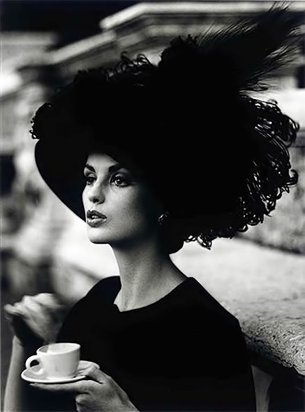 ifackleinDorothyFeatheredHat-William-Klein