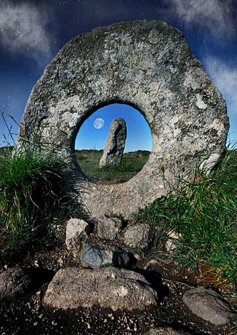 moon-stone-1