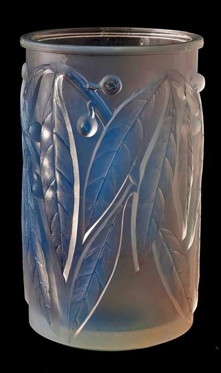 Rene Lalique-opalescent-glass-vase,-French,-circa-1935,