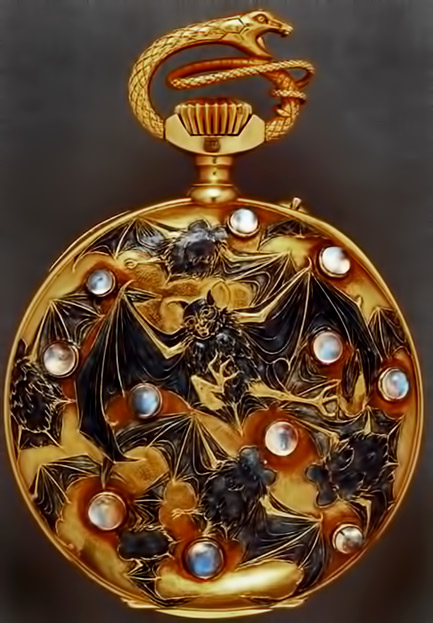 Bats-and-serpent-pocket-watch.-Rene-Lalique-(1860-1945)-Ca.-1899-1900