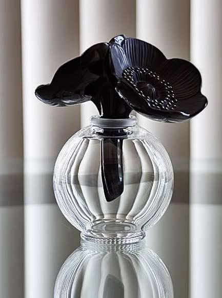 Lalique-Two-Anemones,-Black-Perfume-Bottle