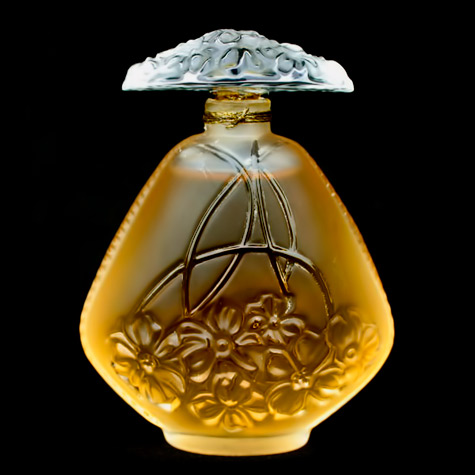 lalique Chevrefeuille crystal perfume bottle