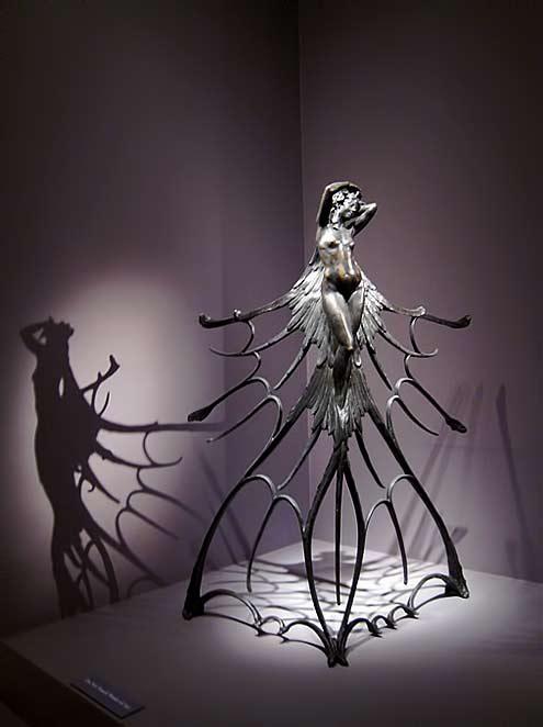 Art nouveau sculpture-by-Rene-Lalique