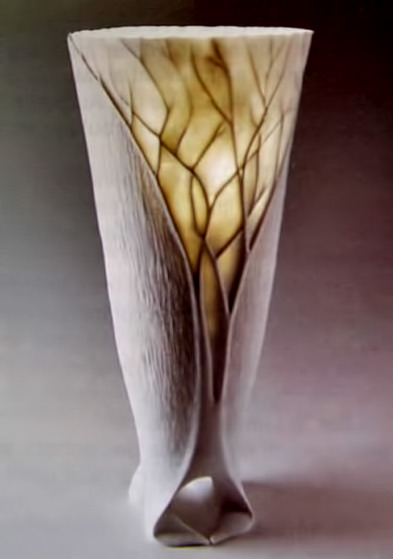 Contemporary vase Lisette Savaria in collaboration with Guy Elliche