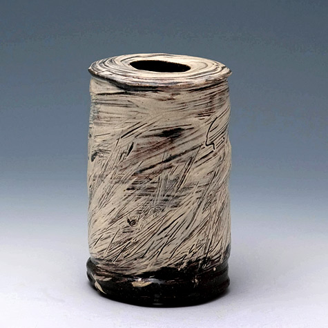 kang-hyo-lee_vase puncheong earthenware