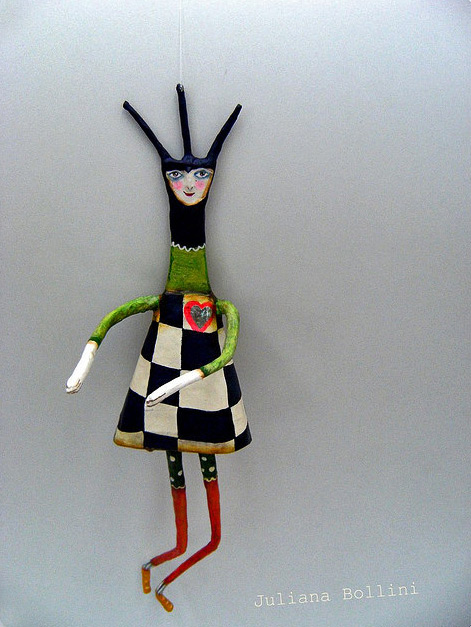 Juliana-Bollini-dancing figurine