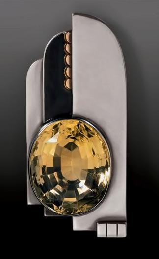 Bijou-Art-déco-et-Avant-garde-Jean-Després,-pendentif,-1932_Brant-Foundation-Greewich,
