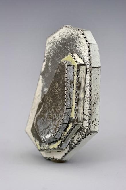 Tova-Lund,-brooch-contemporary brooch