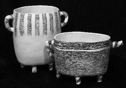 Two-tri legged-vessels by Sally Hook