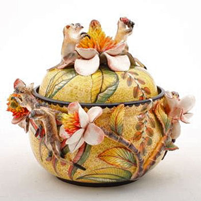 Ardmore floral decorated ceramic lidded jar