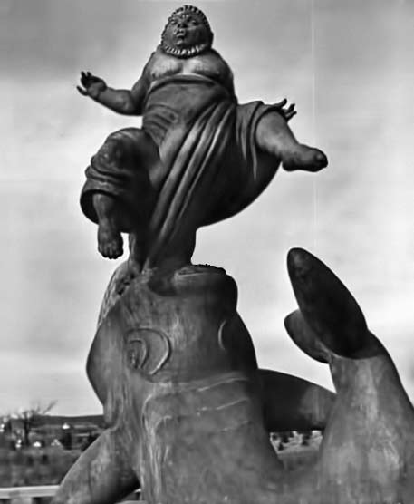 Alfred-Eisenstaed photo-of-fountain-sculpture 1939 World Fair