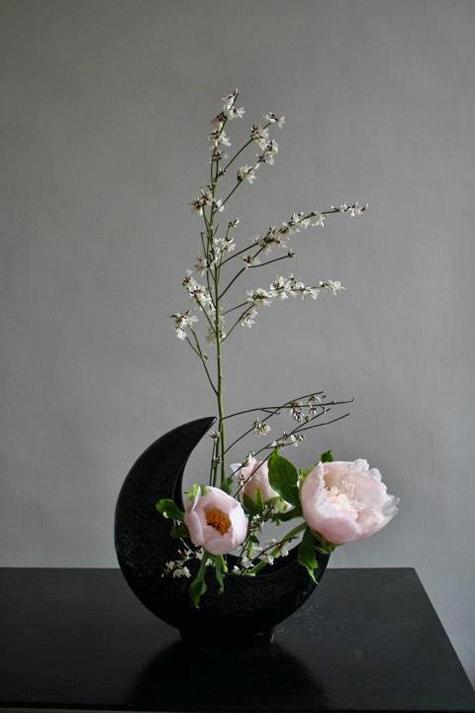 Ikebana-flowers Sogetsu-di-Pasqua