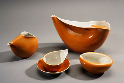 Porcelain coffee set-in orange and white glaze by-Lubomir-Tomaszewski,-1961-64