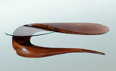serpent-coffee-table in glass and wood
