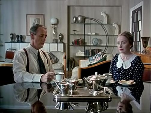 Art Deco teabreak - Poirot
