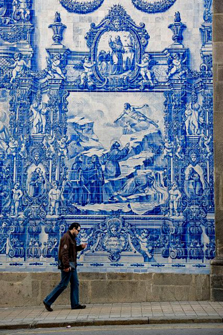 azulejo wall art, Almas Chapel of Santa Catarina, Oporto