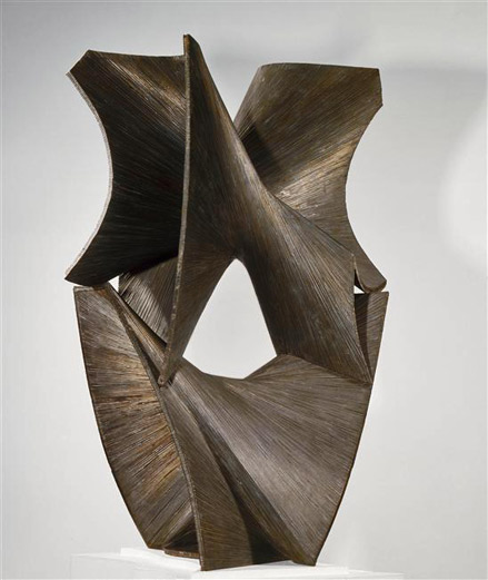 Antoine-Pevsner,-Spatial-construction-in-the-3rd-and-4th-dimensions,-1961,-Bronze,-National-Museum-of-Modern-Art---Georges-Pompidou-Center,-Paris