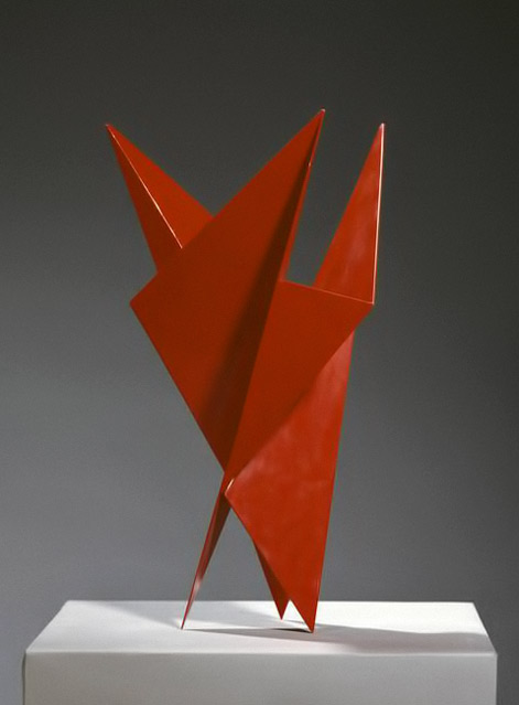 Hermann-Glöckner-1975 red-angular-abstract sculpture