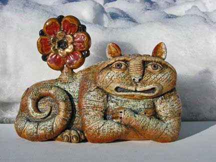 Alexey-Illarionov-ceramic reclining cat