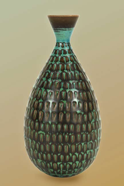 Brilliant-Vase-by-Stig-Lindberg-Object-LA-60's