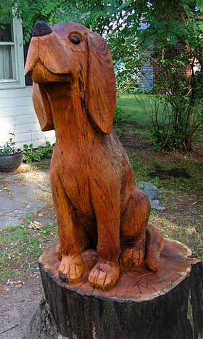 carved-tree-hound-was-a-tree