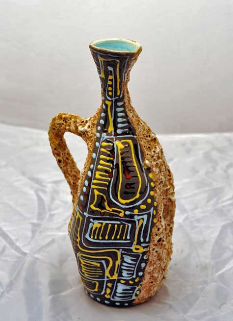 Ceramic-vase-with-special-effect-processing-lava-and-relief-decorations-in-bright-enamel-on-matt-base-Norri