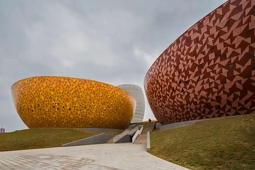 archea-associati-liling-ceramic-museum-china-designboom-each-volume-takes-the-shape-of-a-sculpted-vessel-or-vase