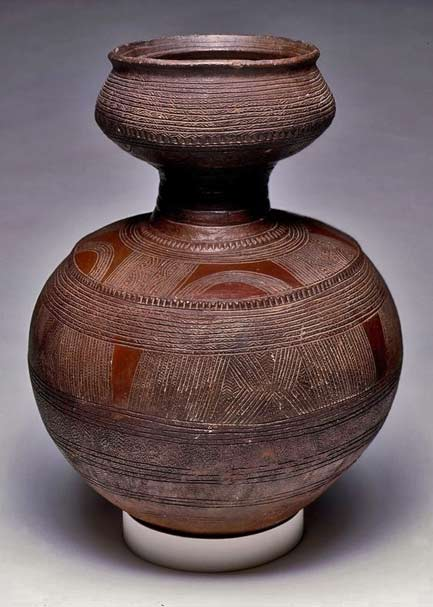 Africa--Vessel.-Nupe-people.-ca.-1901---1989