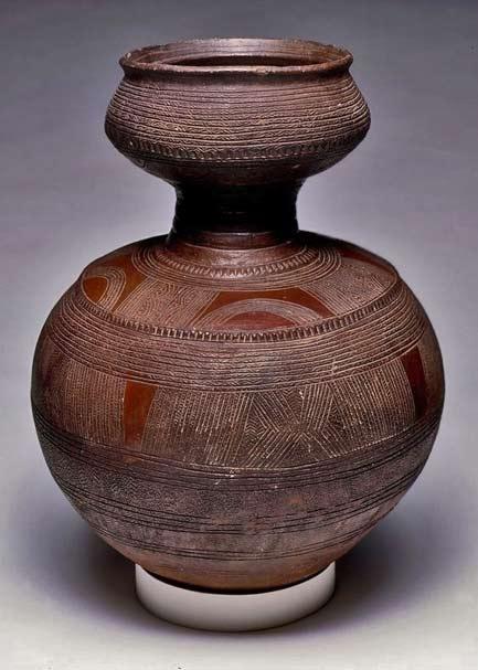 Africa--Vessel.-Nupe-people.-ca.-1901---1989