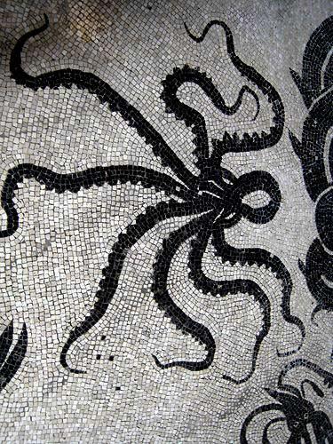 Ancient-Pompeii-Herculaneum-octopus-mosaic-by-Neil-Weightman-flilckr