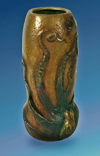 Austrian-Art-Nouveau-Octopus-Vase-by-Stellmacher-for-Amphora,-1901-02
