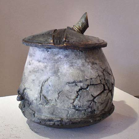 Christine-Fabre french ceramicist - lidded vessel