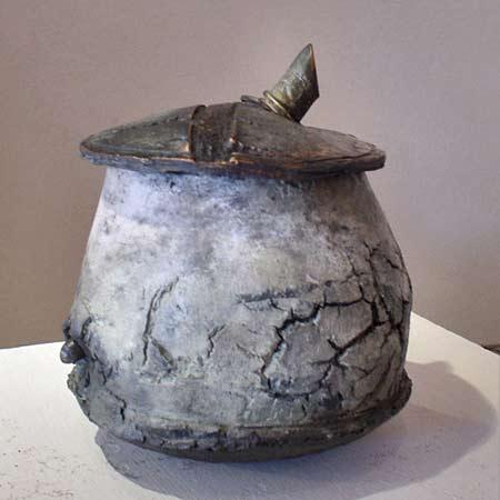 Christine-Fabre french ceramicist - lidded vessel