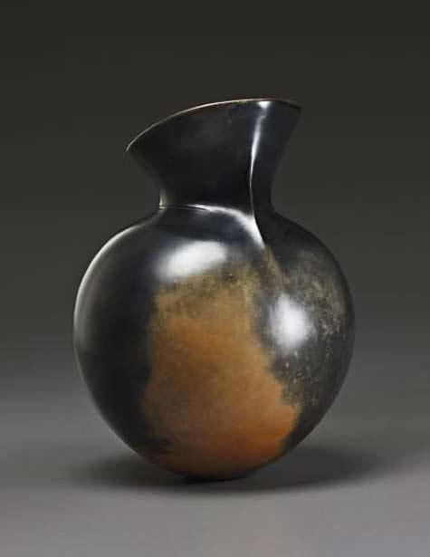 MAGDALENE-ODUNDO-1983 Carbonised-and-burnished-terracotta