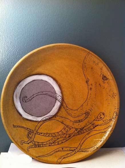 Monica-Pharr octopus round plate