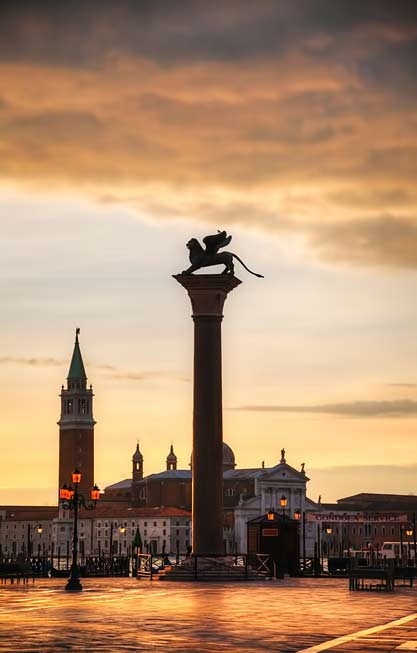 San-Giorgio-Maggiore-Church---Venice---The-Baroque-church-rises-on-homonymous-island;-and-it-is-visible-from-San-Marco-Square,-beyond-the-San-Marco-Bacino--